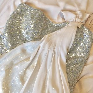 Dresses & Skirts - Ball Gown, Grecian
